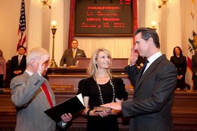 Gavin-Newsom-Sworn-in-official-photo.jpg
